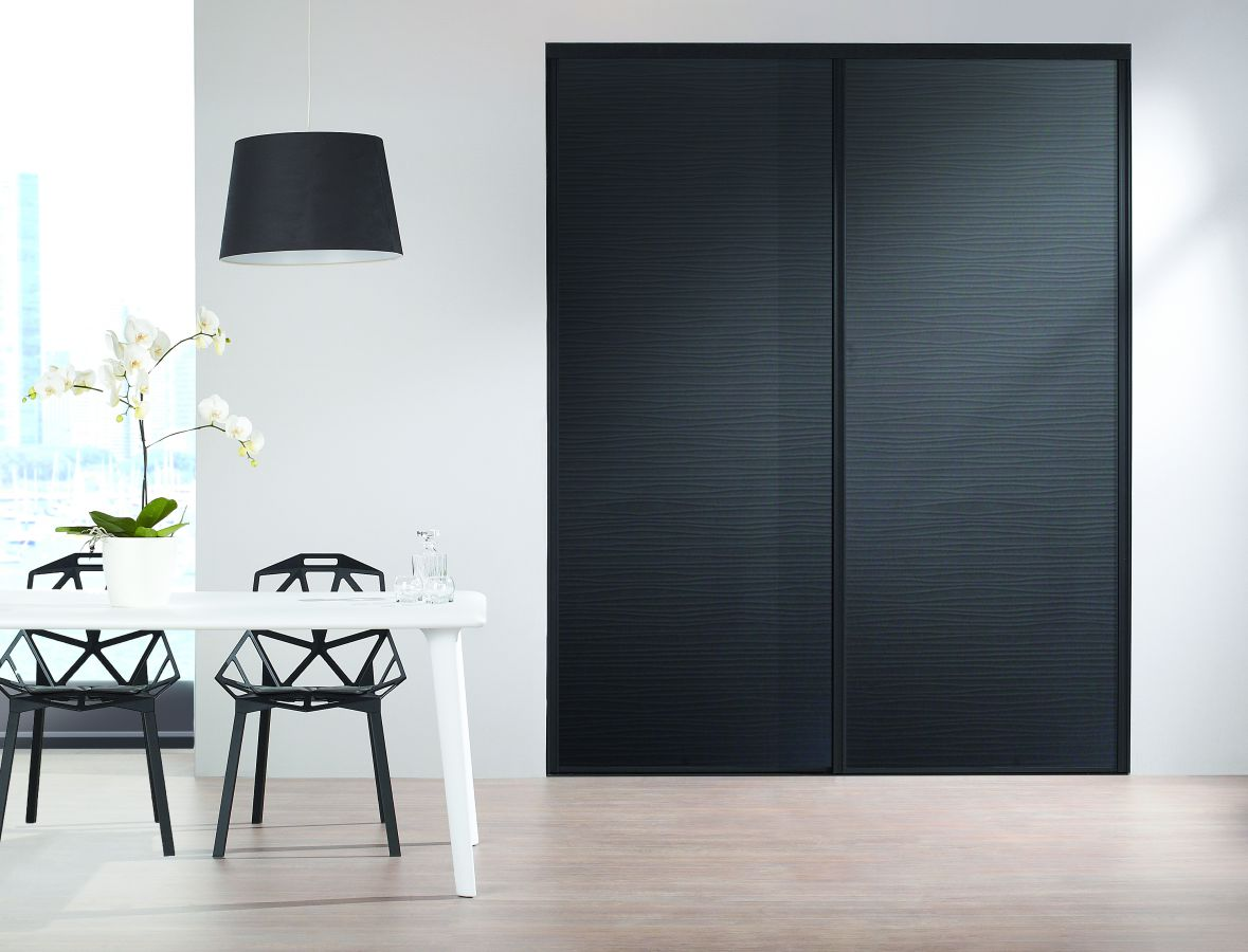 placard noir peinture antirouille. Black Bedroom Furniture Sets. Home Design Ideas